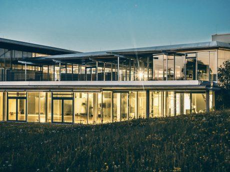 Das Sportzentrum der Uni Würzburg auf dem Hubland-Campus. Foto: Jakob Dombrowski