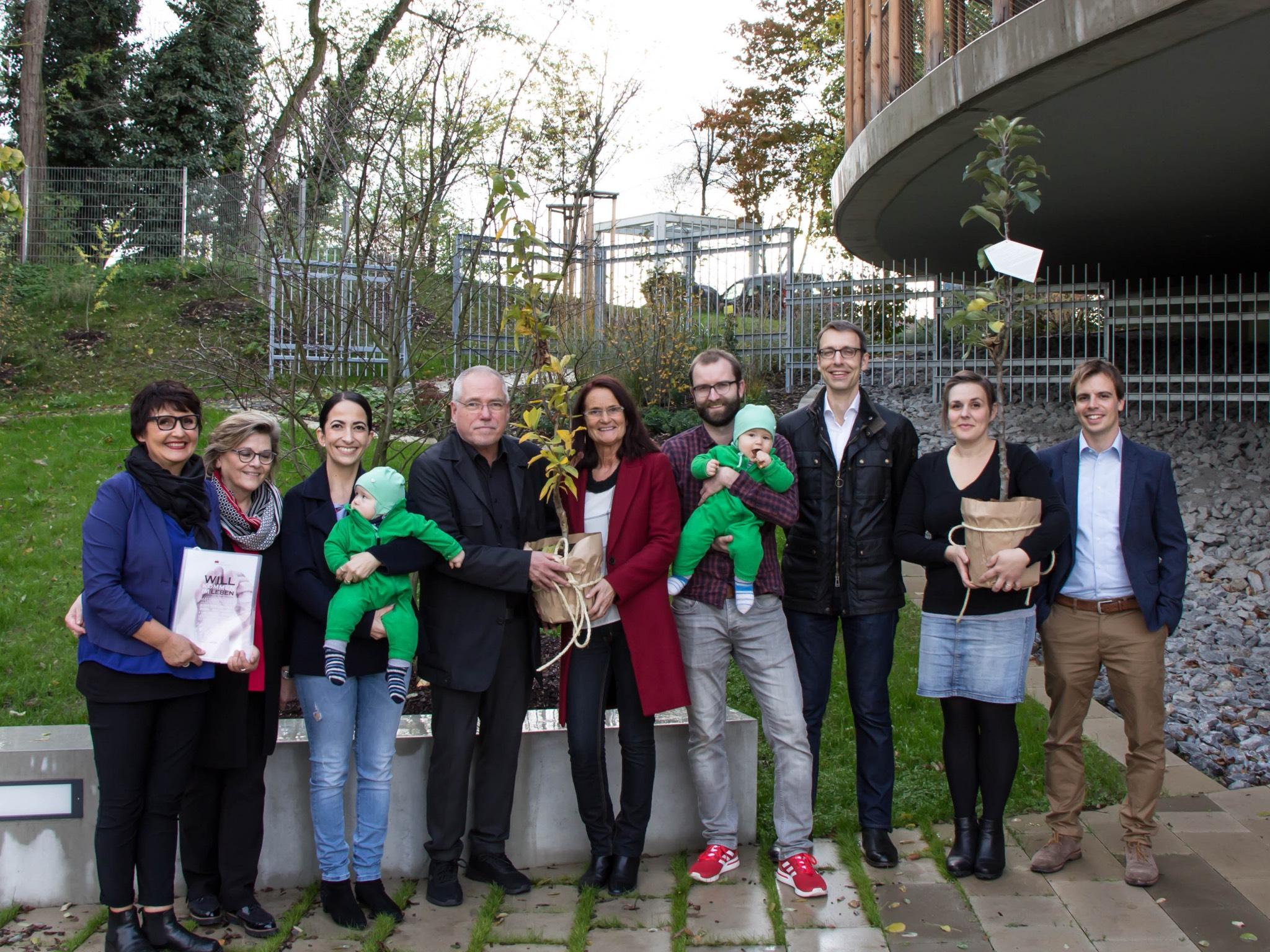 Stadt Würzburg Schenkt Jedem Neugeborenen Einen Baum
