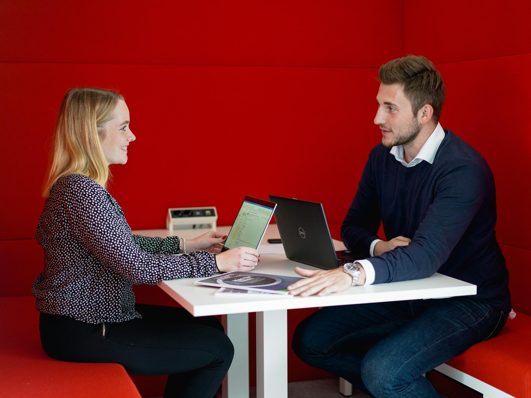 Über 11.000 Mitarbeiter und in 14 Ländern vertreten: Bechtle gehört zu den erfolgreichsten IT-Dienstleitungsunternehmen Deutschlands. Foto: Konstantin Winter