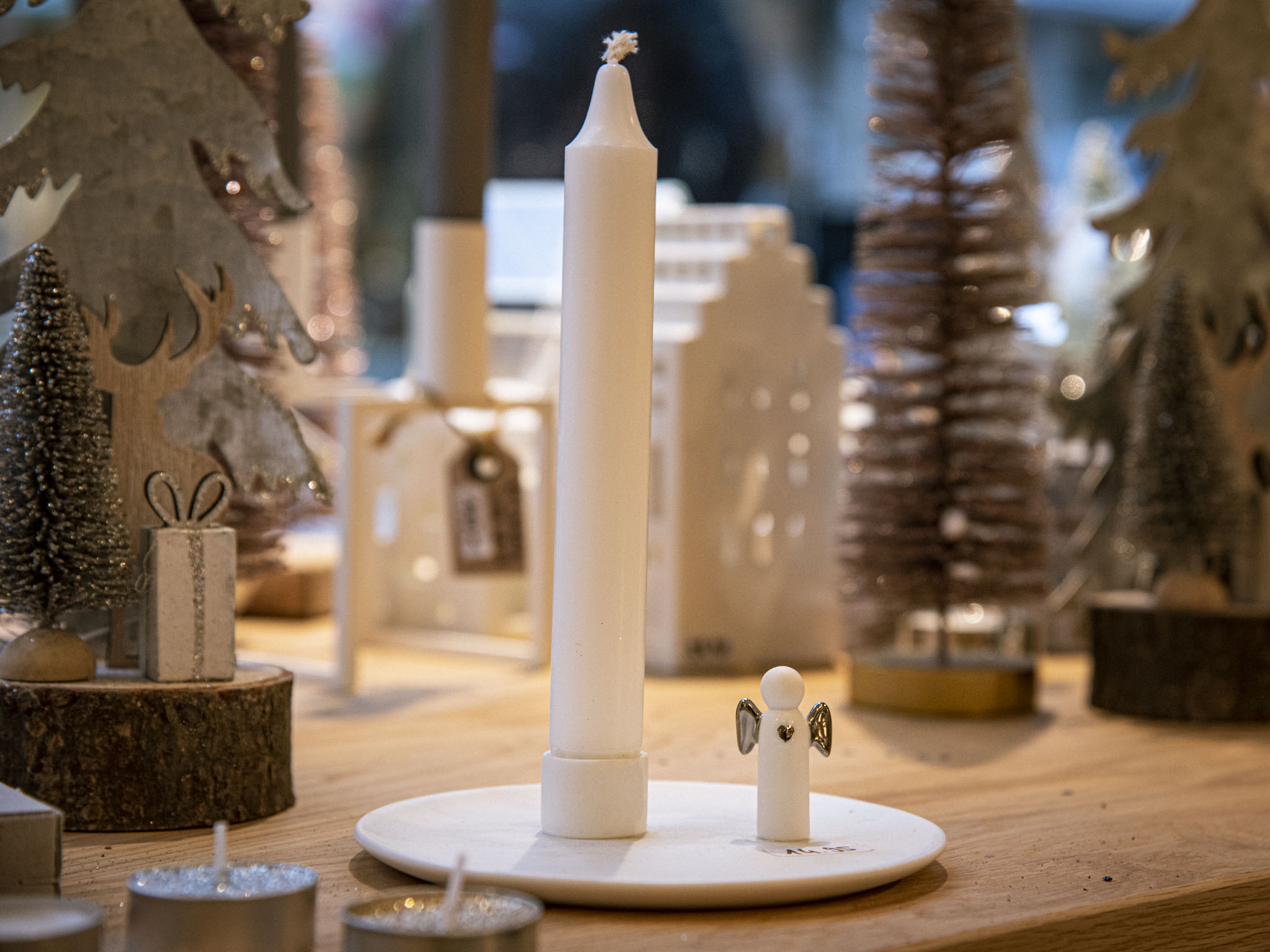 Kerzenständer als Geschenkidee unter 30 Euro. Foto: Einrichten Design.