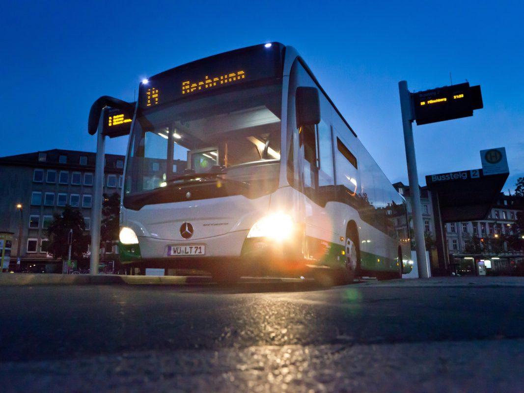 Die Busverkehre im Landkreis werden im Jahr 2020 massiv ausgeweitet. Foto: Michael Ehlers