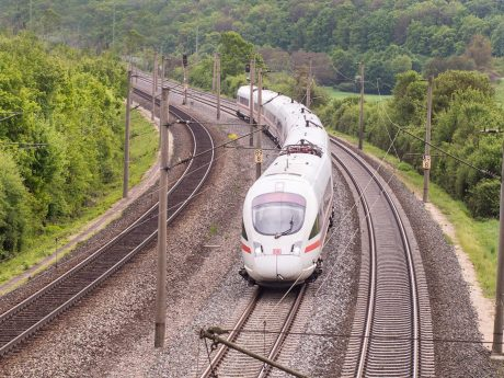 Bahnfahren. Foto: Pascal Höfig