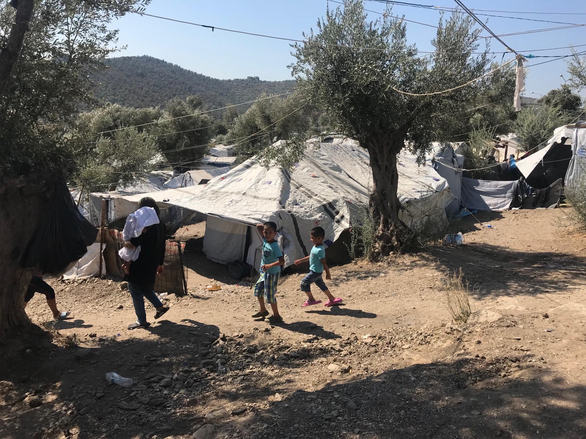 In den Lagern gelten katastrophale Bedingungen. Foto: Täglich wurde zum Essen eingeladen. Foto: Massimo Moretti/ Angelika Wagner