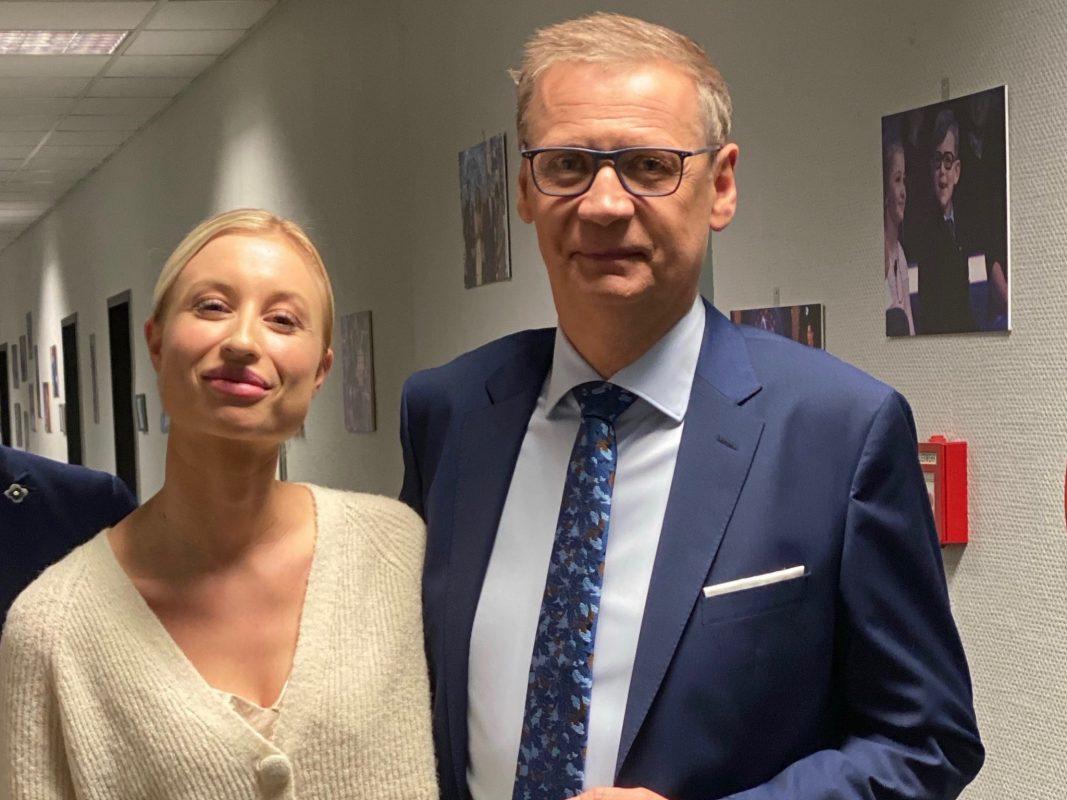 """Kristin als Kandidatin bei """"Wer wird Millionär?"""" mit Günther Jauch. Foto: Kristin Voss"""