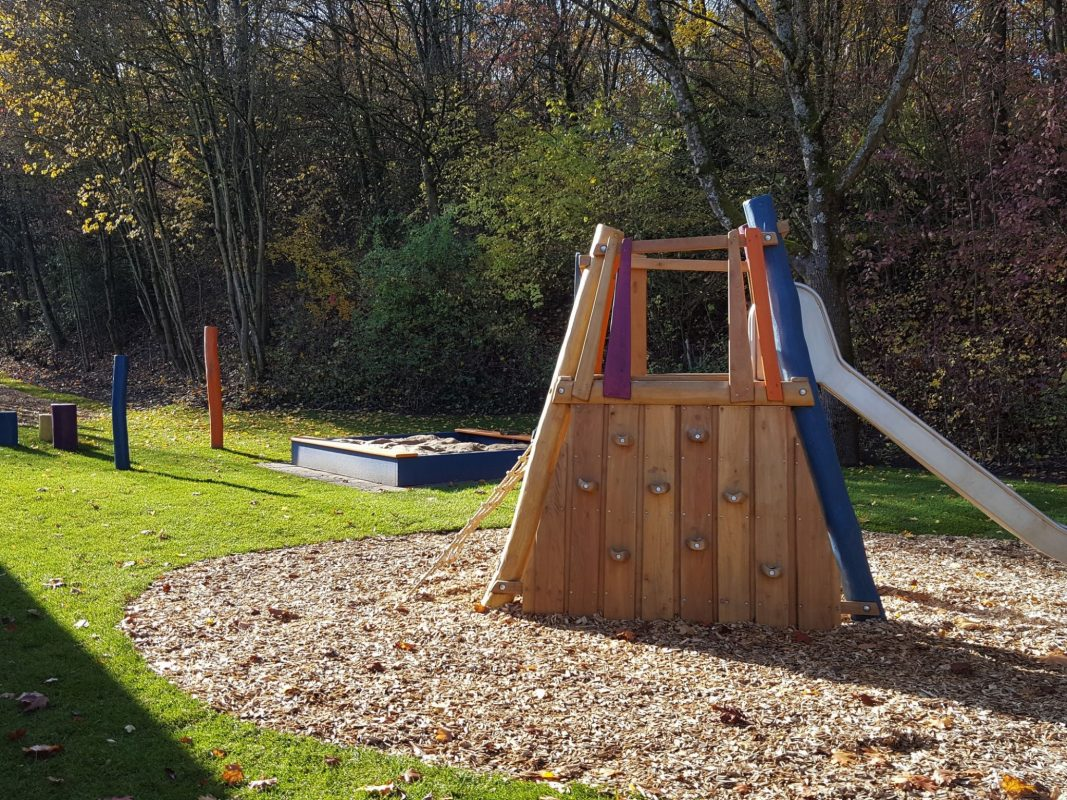 Der neugestaltete Spielplatz im Bereich des Friedhofes. Foto: Gartenamt, Antje Werner
