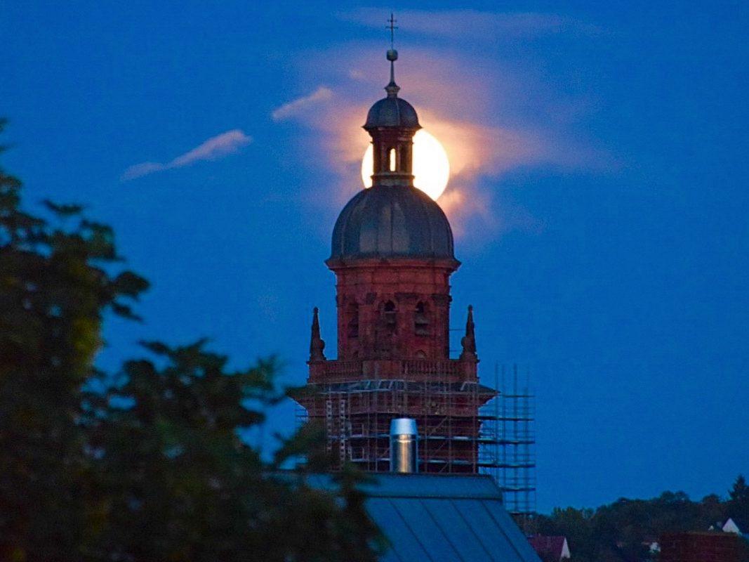 Vollmond über Würzburg. Foto: Katharina Kraus