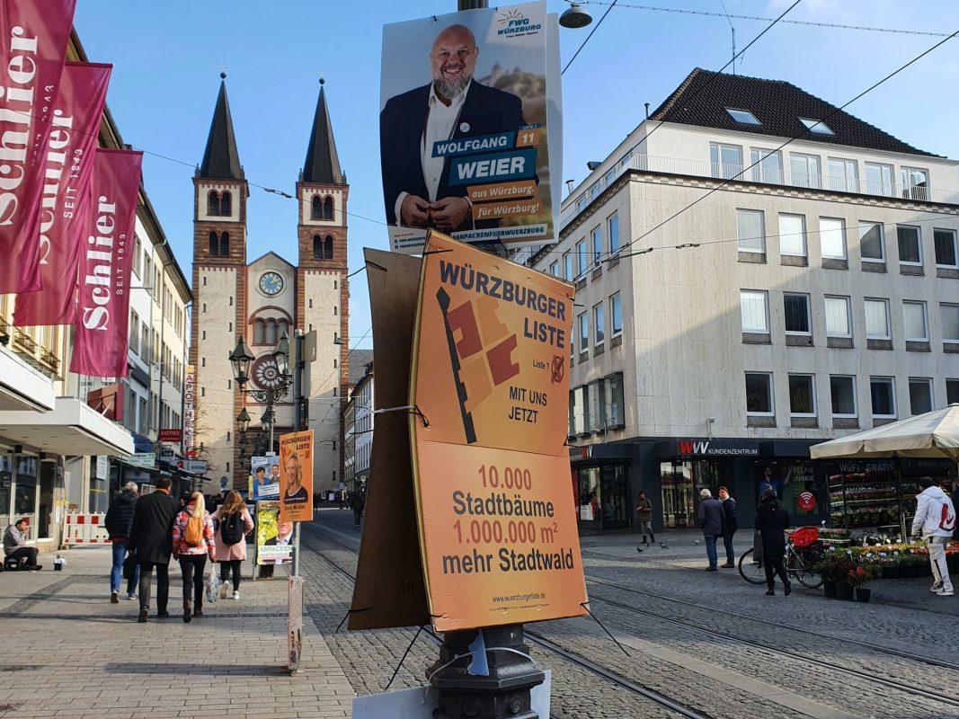 Wahlplakate in der Domstraße. Foto: Laura Göpfert