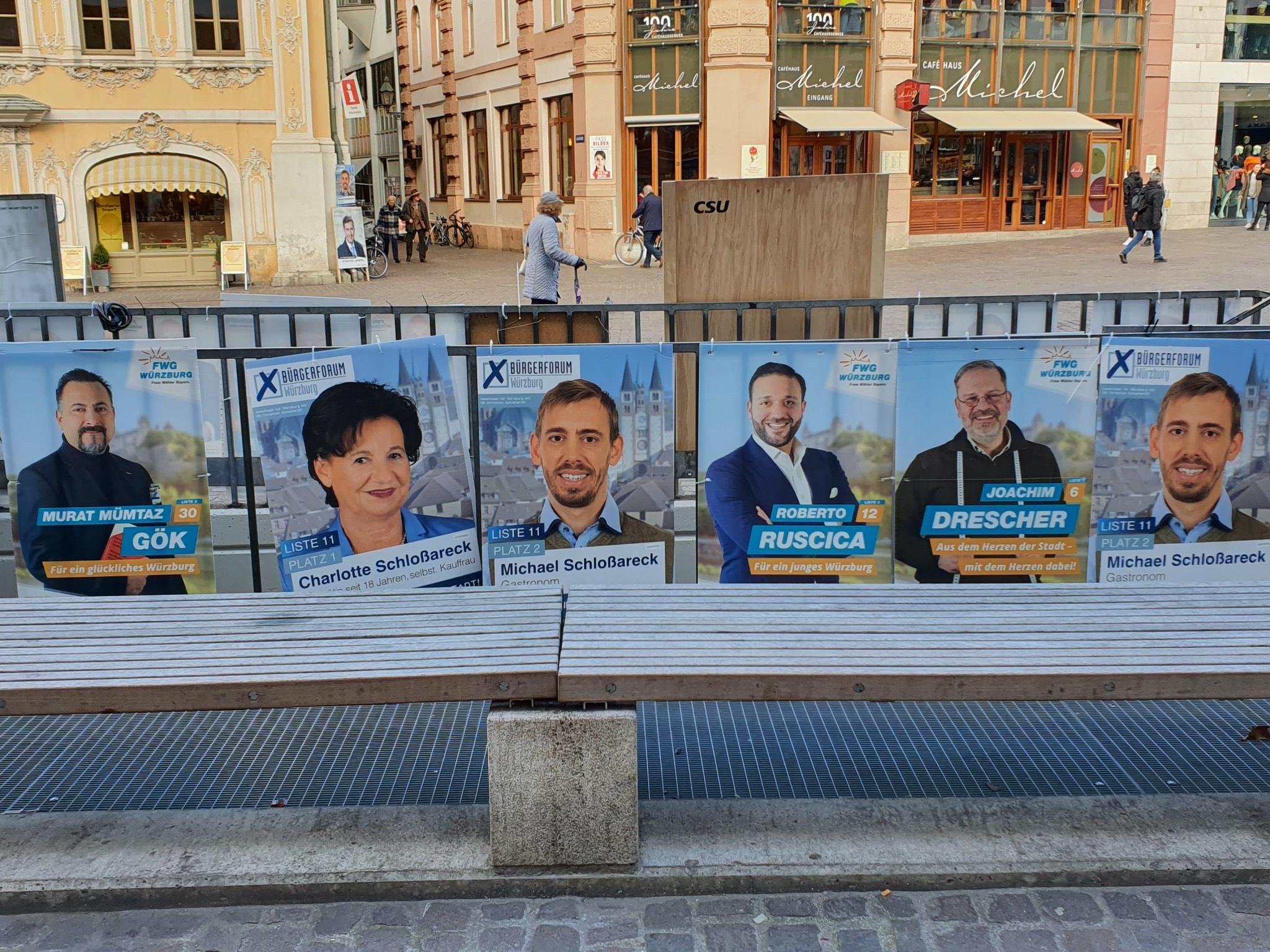 Wahlplakate am Oberen Markt. Foto: Laura Göpfert
