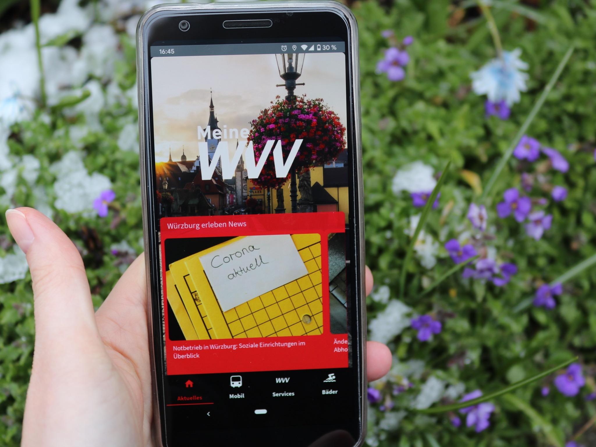 """Die neue """"Meine WVV""""-App mit aktuellen News. Foto: Verena Hadraschek"""