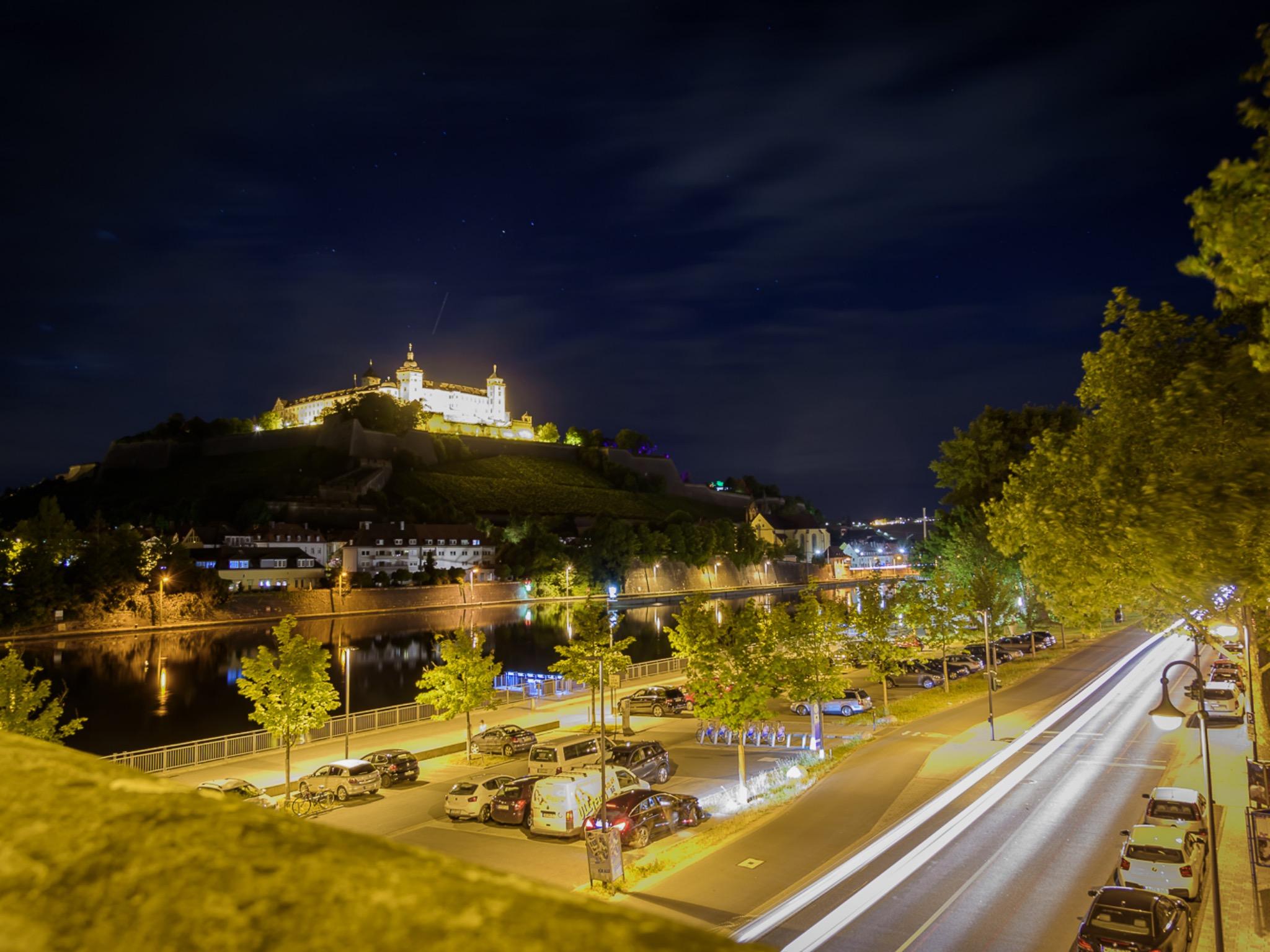 Die Festung Marienberg bei Nacht. Foto: Pascal Höfig