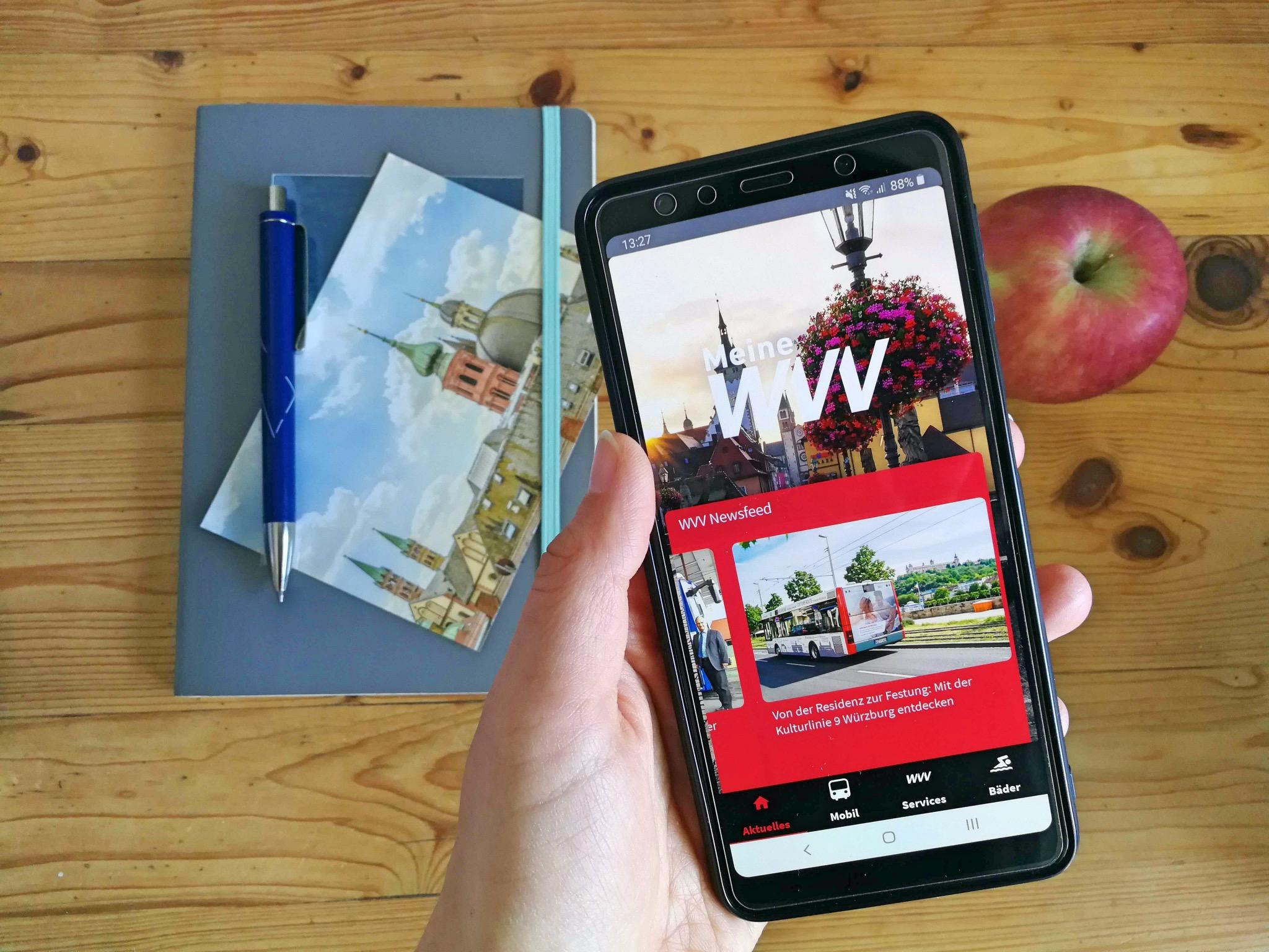 Auch über die App erhält man die News der WVV. Foto: Inka