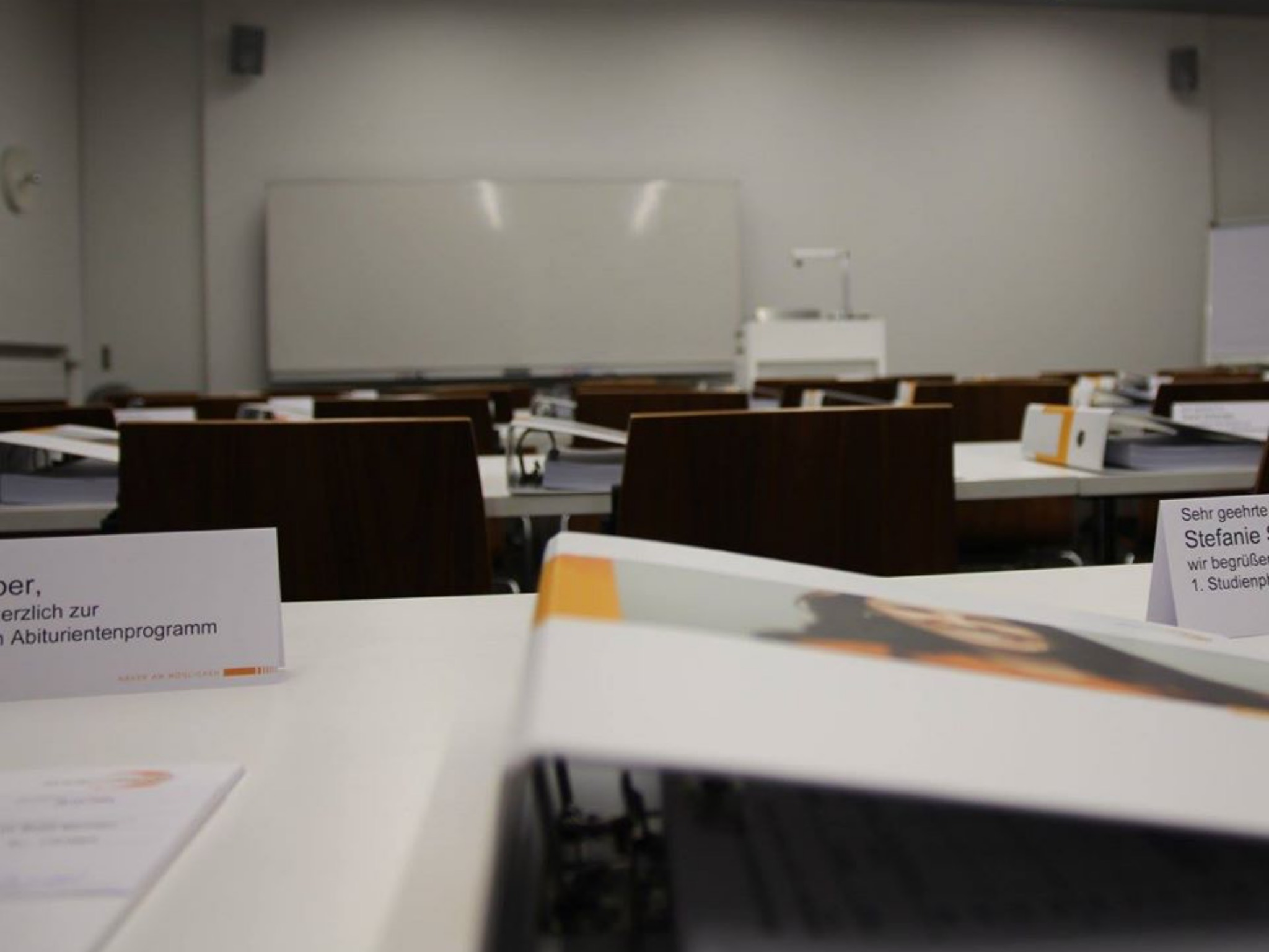 Neben der Weiterbildung zum Handelsfachwirt (m/w/d) bietet die Akademie Handel noch weitere Aus- und Weiterbildungsmöglichkeiten an. Foto: Akademie Handel