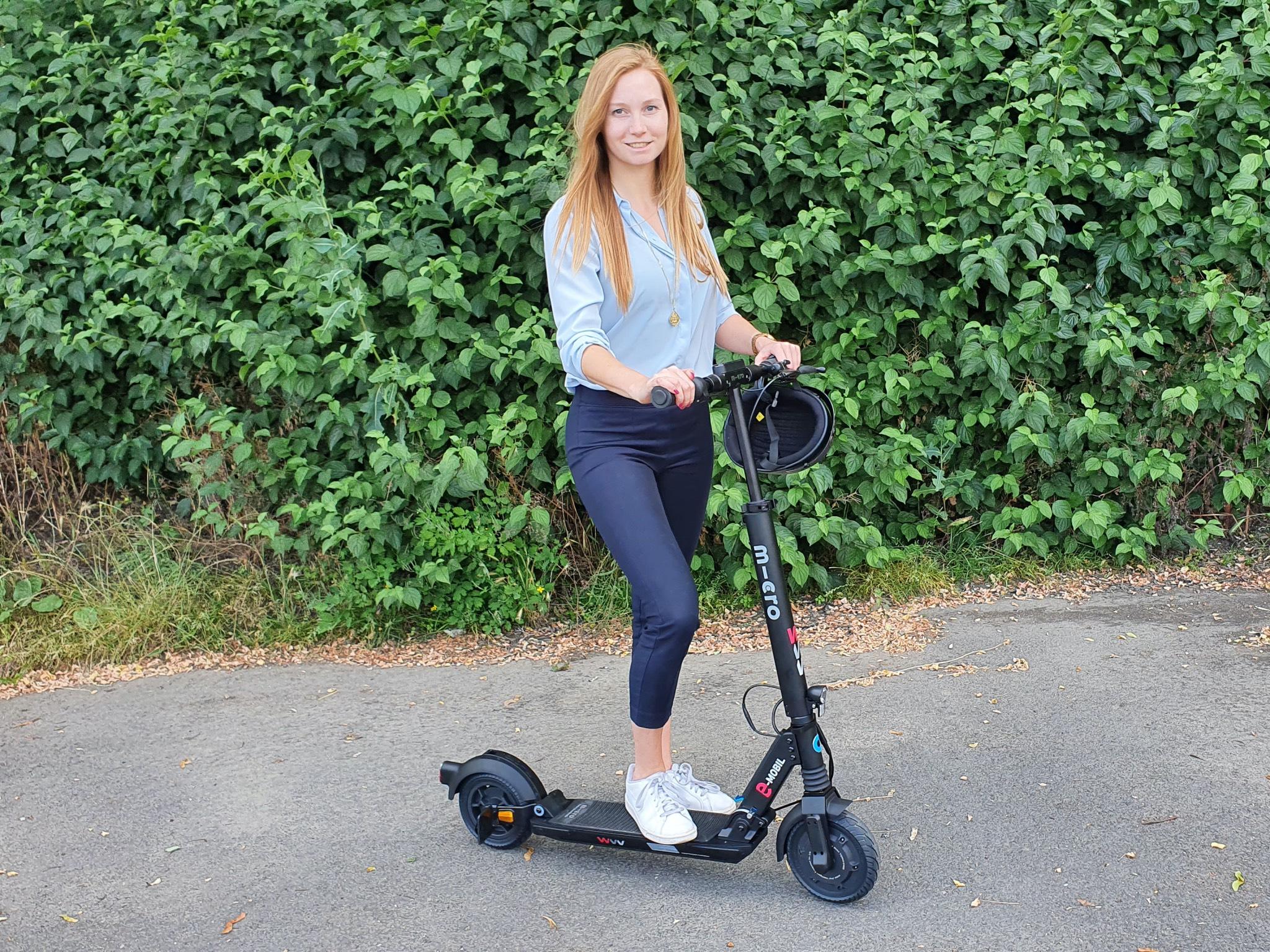 Mit dem E-Scooter der WVV kann man kostengünstig Strecken bis zu 25 Kilometer zurücklegen. Foto: Laura Göpfert