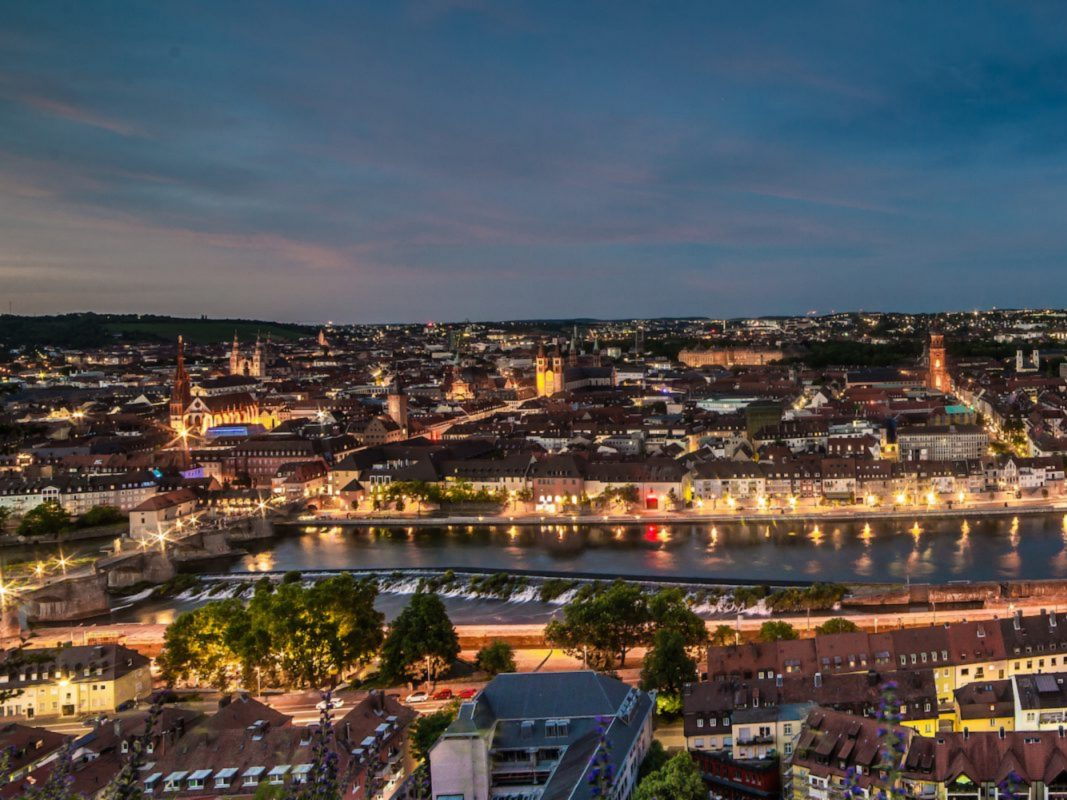 Abenddämmerung über Würzburg. Foto: Pascal Höfig