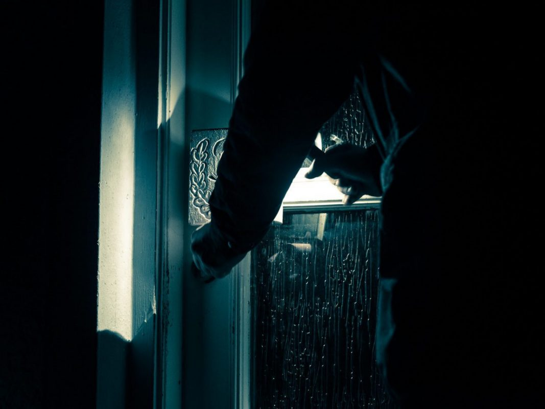 Einbrecher am Werk: Die unbekannten Täter machten große Beute. Symbolbild: Pascal Höfig