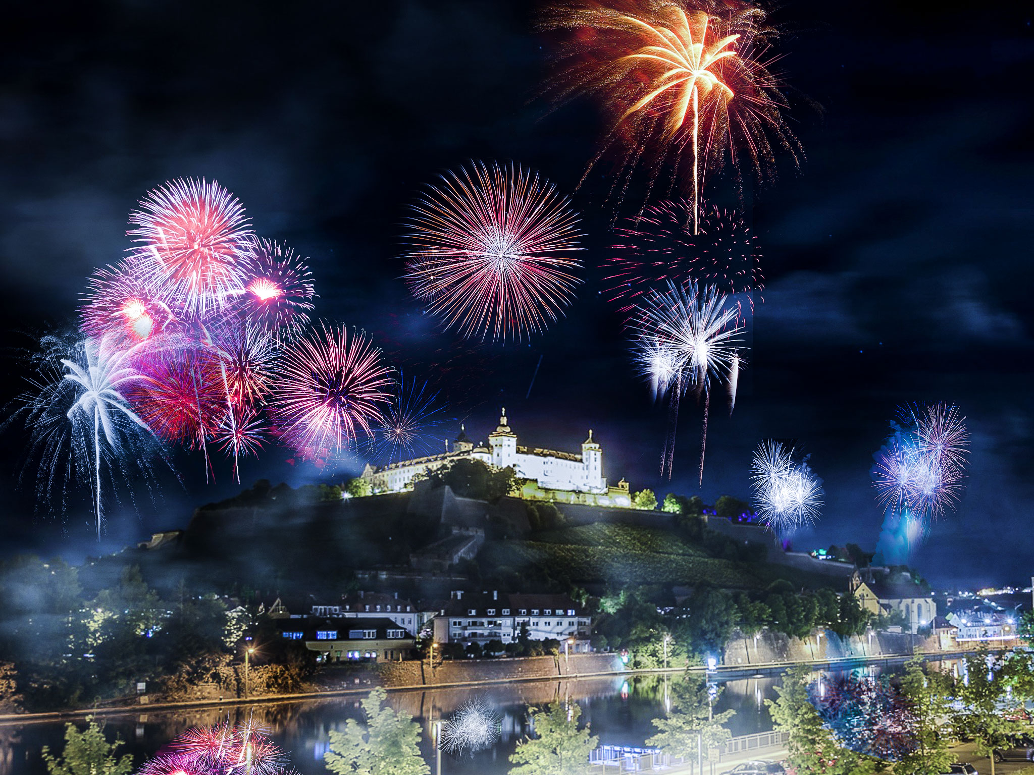 Feuerwerk über der Festung Marienberg. Foto: Pascal Höfig