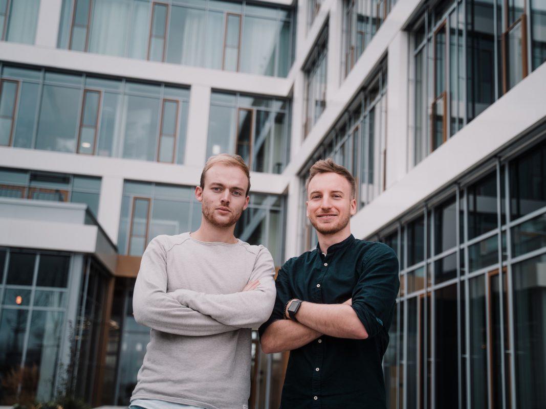 """Janik Ehrhardt und Tobias Moritz haben die preisgekrönte App """"Handicapp"""" entwickelt. Foto: Frederic Novotny / Red Bull Content Pool"""