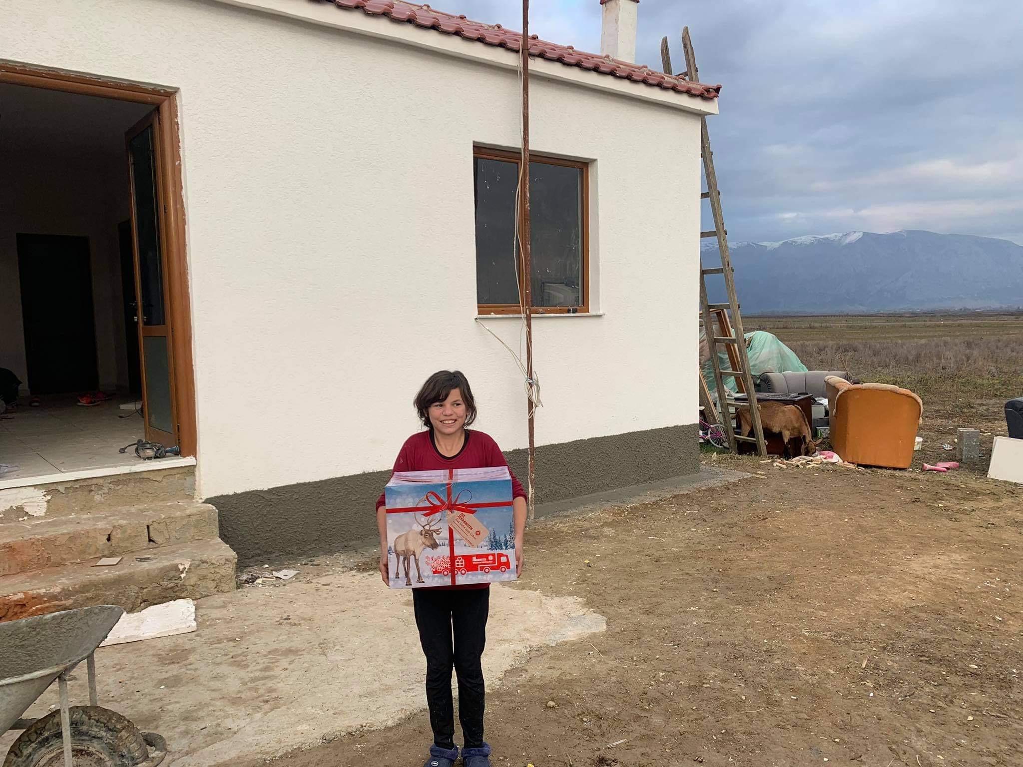 Einige Pakete gingen auch nach Albanien. Foto: Johanniter-Unfall-Hilfe e. V.