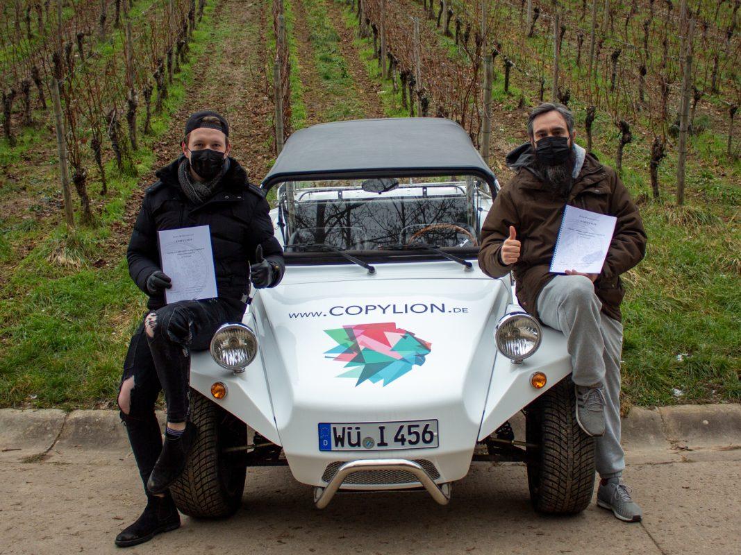 Die beiden Gründer (Brian und David) von Copylion in den Weinbergen. Foto: Copylion.
