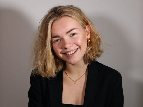 Antonia Quell studiert an der FHWS Medienmanagement: Sie hat eine Petition im Bundestag zum Thema Catcalling eingereicht. Foto: Antonia Quell