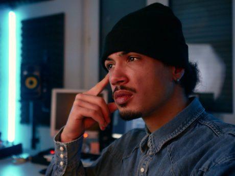 Portrait des Hip-Hop-Artists Rameen. Foto: Rameen.
