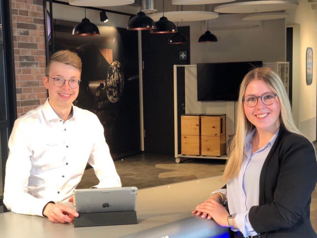 Die VR-Bank Würzburg bietet individuelle Beratung extra für junge Leute! Foto: VR-Bank Würzburg