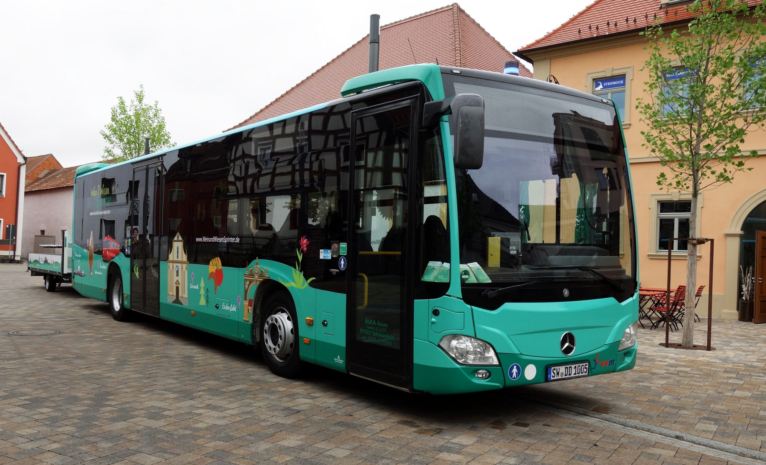 Der WeinundWiesenSprinter ist ab 1. Mai 2021 wieder an den Wochenenden und Feiertagen von Eisenheim nach Marktheidenfeld unterwegs. Foto: APG Würzburg