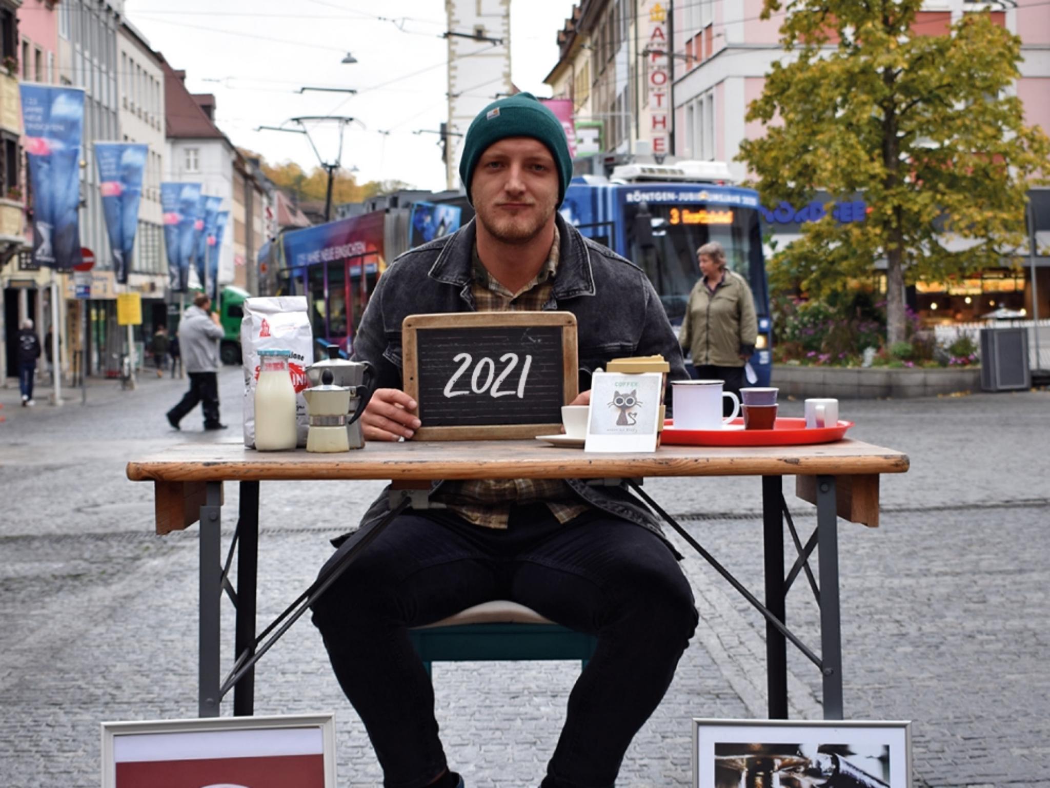 Steven Henze möchte im Herzen der Würzburger Innenstadt ein inklusives Café eröffnen. Foto: Steven Henze