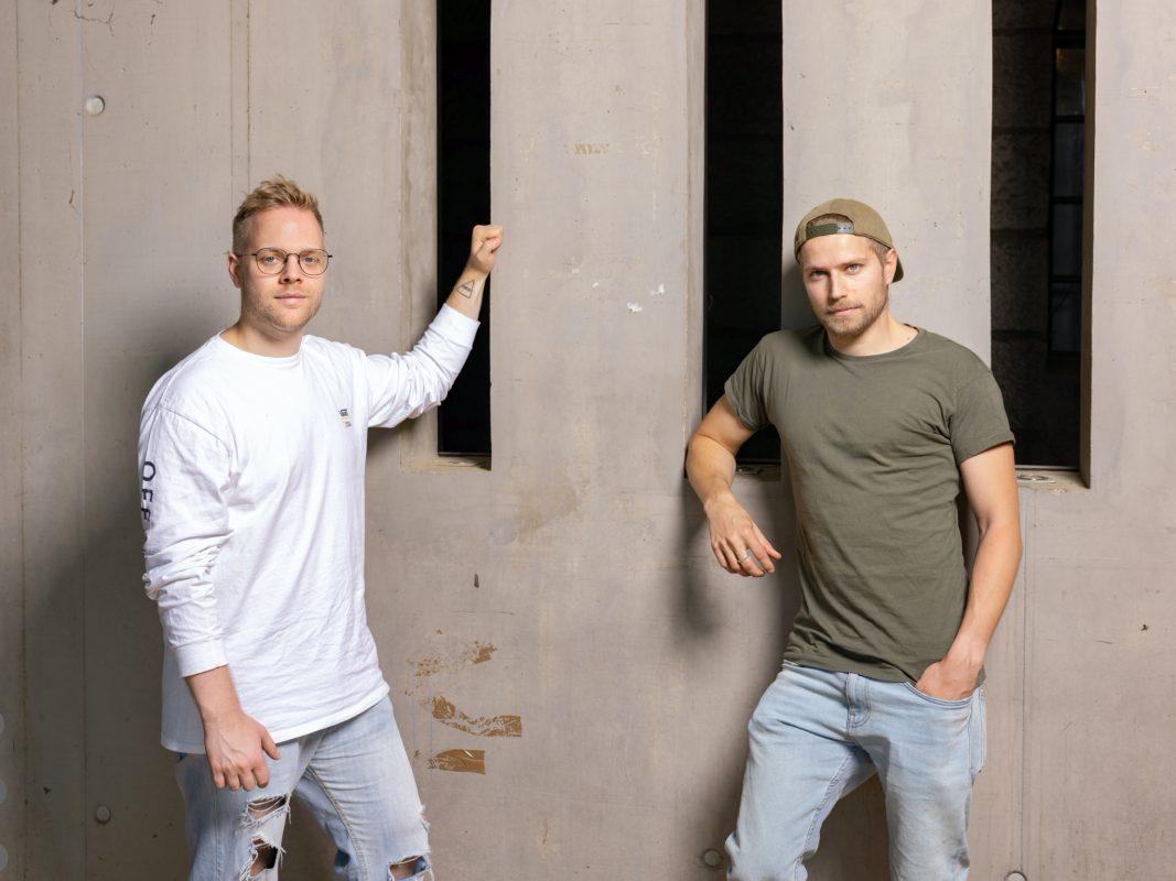 Sebastian Kunz (links) und Adam Cieplak übernehmen die ehemalige MS Zufriedenheit. Die Location wird weiterhin ein Club bleiben. Foto: Christoph Weiß