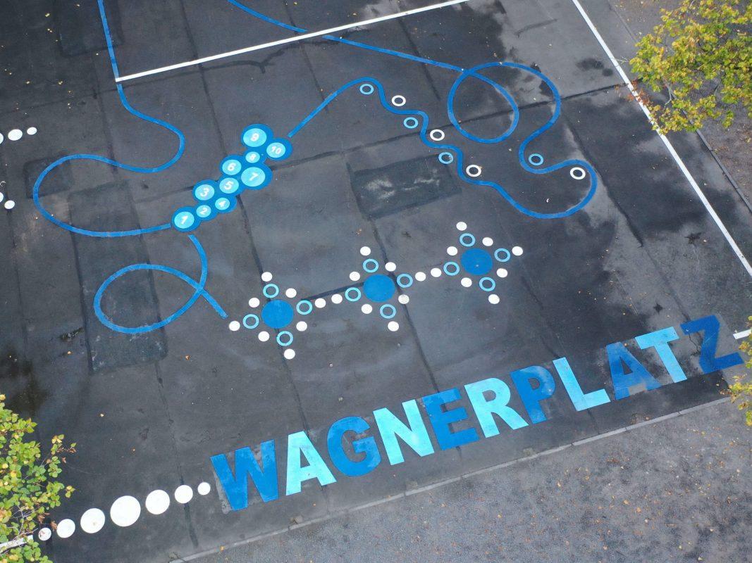 Die neuen Bodenmarkierungen auf dem Wagnerplatz Foto: Stadt Würzburg, Baureferat/FB Tiefbau und Verkehrswesen